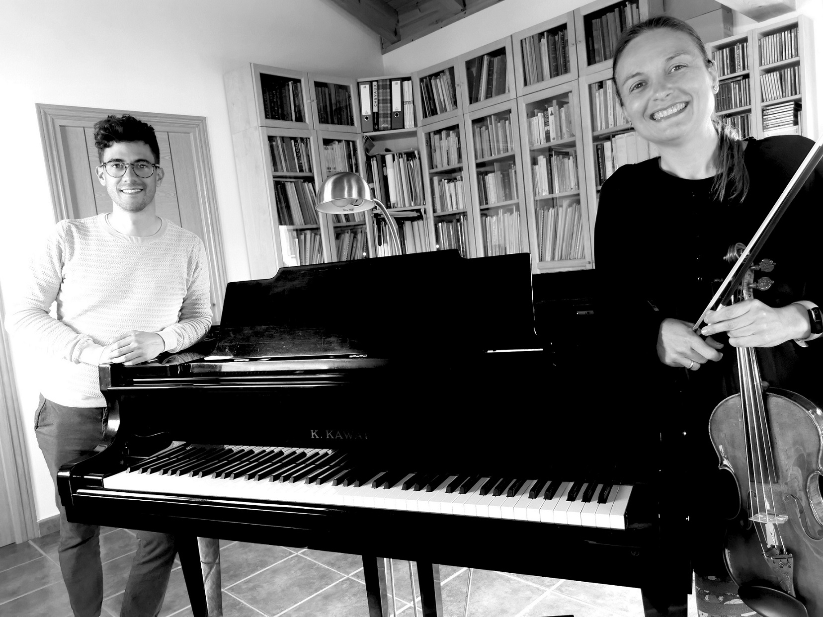 Imagen de los músicos Amaia Rey y Fernando Santirso